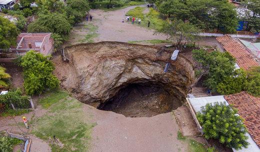 فرونشست زمین در مکزیک
