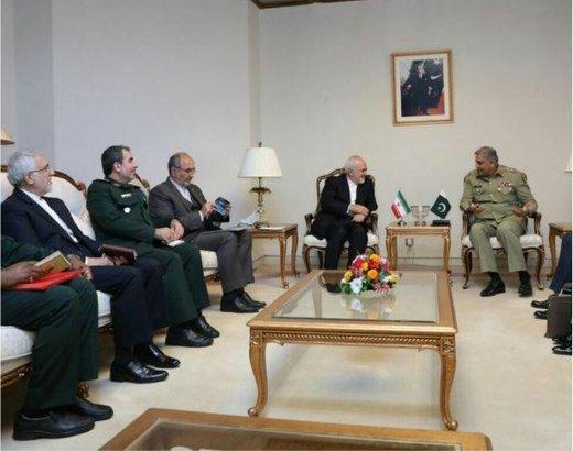 دیدار ظریف با فرمانده ارتش پاکستان/عکس