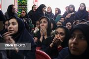 کنایههای تصویری یک روزنامه به ولایتی و دستورالعمل جدید برای دختران!
