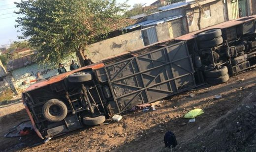 واژگونی اتوبوس در شرق گلستان