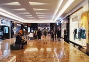 فروش لباسهای میلیونی در پاساژهای سوپرلاکچری شمال تهران