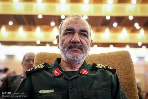 فرمانده سپاه از کیت تشخیص سریع کرونا رونمایی کرد
