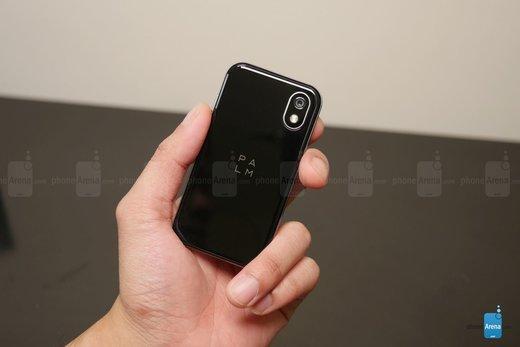 موبایل کوچکی به نام پالم/ عکس
