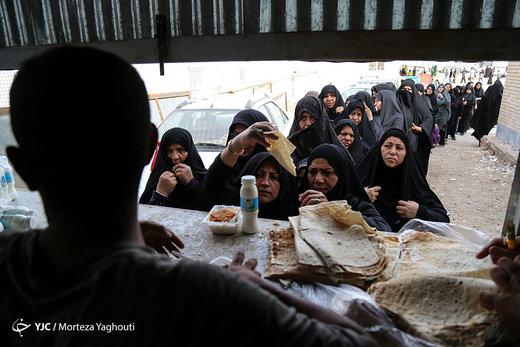 بازگشت زائران اربعین حسینی از مرز چذابه