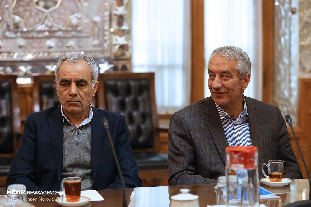 دیدار اعضای فدراسیون فوتبال با رئیس مجلس شورای اسلامی