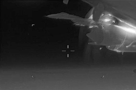 فیلم | لحظه سبقت جنگنده روس از هواپیمای آمریکایی