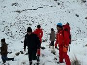 نجات جان ۲ جوان کوهنورد در ارتفاعات دنا توسط امدادگران هلال احمر
