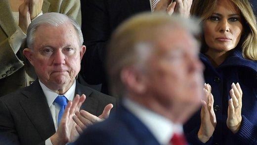 ترامپ، مهره مشکوک را اخراج کرد