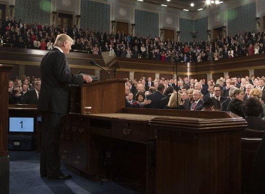 ساداتیان: ترامپ با دمکراتها چالش جدی خواهد داشت