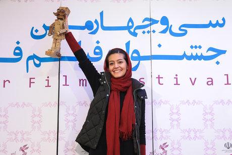 پردیس احمدیه به «مجبوریم» درمیشیان پیوست