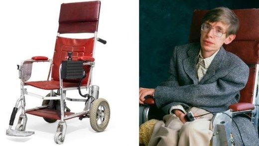 فروش ۱.۸ میلیون پوندی وسایل شخصی استیون هاوکینگ در حراجی کریستی