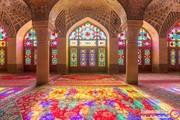 تصاویر ۸ ساختمانی که با شیشه رنگآمیزی شدهاند