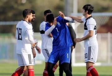 اشتباهی عجیبوغریب روی بازوبند کاپیتانی تیم ملی