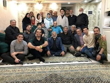 اهدای ششمین تندیس قهرمانان گمنام، به جانباز علی صیادی