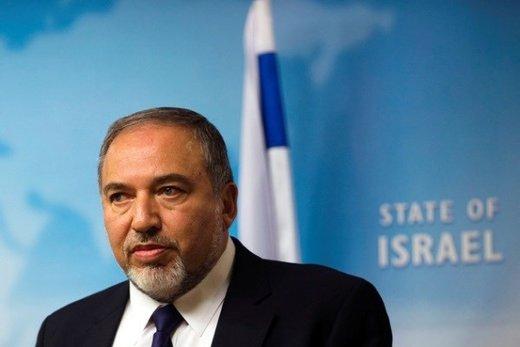 لیبرمن: نتانیاهو مانند سگ واقواق میکند ولی گاز نمیگیرد