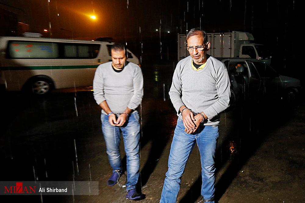 تصاویر | سلطان سکه لحظاتی پیش از اعدام