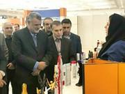 بازدید وزیر جهاد از غرفه شرکت بهداشتی دکتر جهانگیر