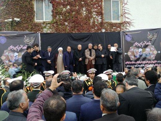 تشییع پیکر دکتر نوربخش و تاج الدین در گرگان