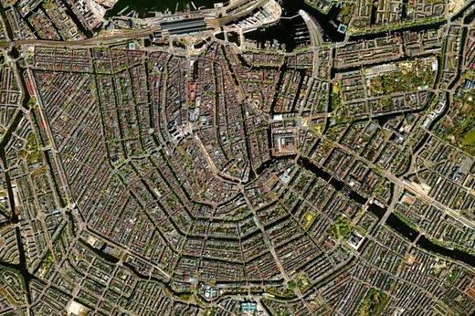 عکاسی زمین از فضا