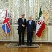 توئیت سفارت انگلیس در تهران درباره دیدار ظریف و هانت/عکس