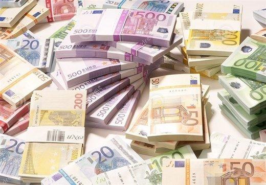 توقف عرضه یورو در صرافیها