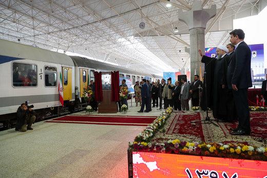 با حضور رییسجمهور: ارومیه به شبکه ریلی کشور متصل شد