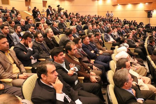 نشست توسعه و برگزیدگان با افتتاح همزمان طرح های زیربنایی و اقتصادی آذربایجانغربی توسط رییسجمهور