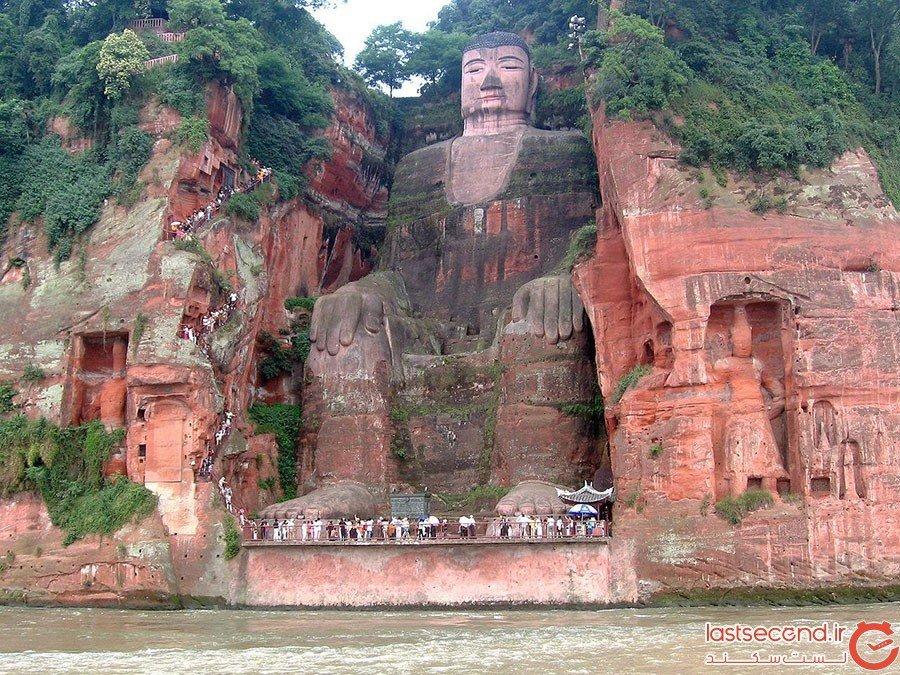 بناهای یادبود عجیب و خاص در دنیا