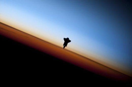 بلند شدن فضاپیمای اندور از زمین