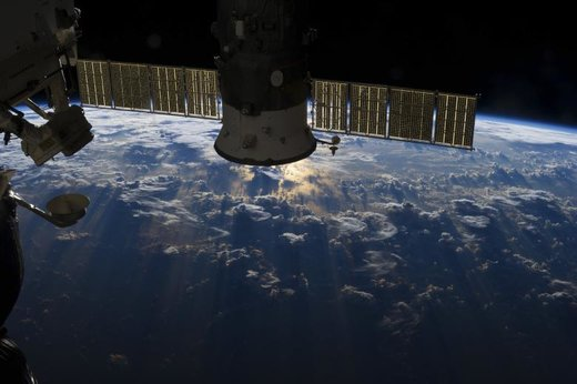 توده ای از ابرهای طوفانی بر روی اقیانوس اطلس در نزدیکی برزیل و خط استوا