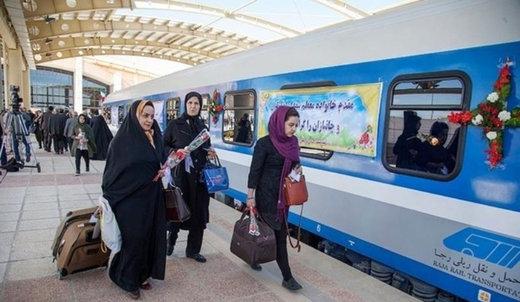 نخستین قطار مسافربری ارومیه وارد مشهد شد