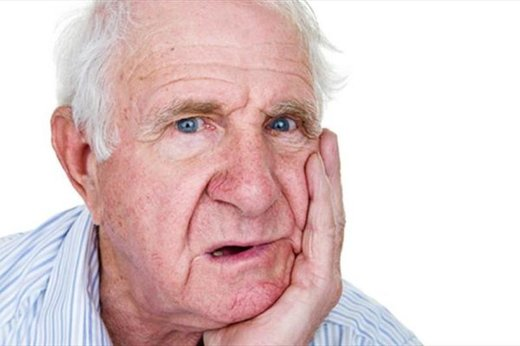 بیدندانی در بین سالمندان گسترش مییابد