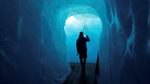 تونل یخی در سوئیس