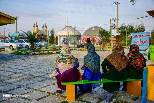 بازار بندر ترکمن