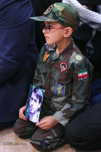 دیدار جمعی از خانوادههای شهدای امنیت با رهبر معظم انقلاب