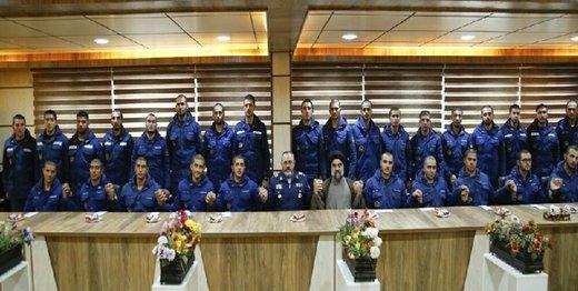 دیدار فرمانده نیروی هوایی ارتش با سربازان اهل سنت/ عکس