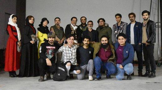نمایش «گنج خسیس» از خرمآباد به جشنواره ملی تئاتر لالههای سرخ راه یافت
