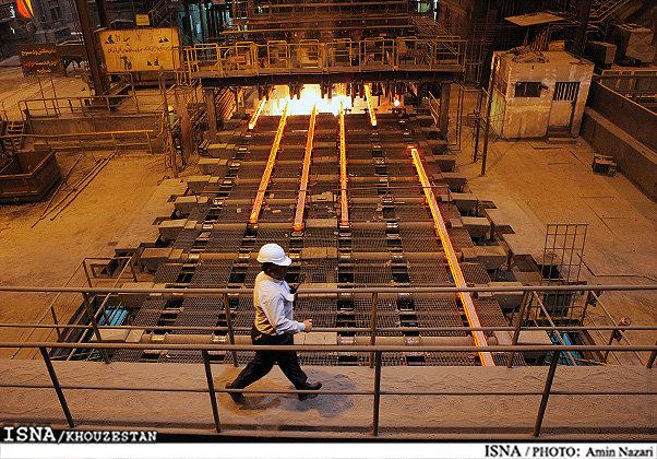 مدیرعامل گروه ملی فولاد: کارگران را به بازگشت به کارخانه دعوت میکنم