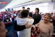 فیلم | خلبان ترکیهای اشک معلمش را در جمع مسافران در آورد