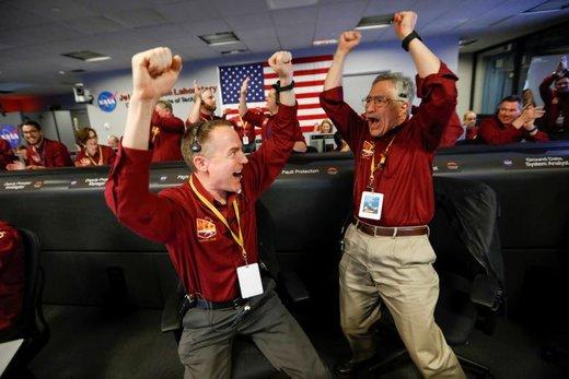 واکنش مهندسان ناسا به فرود کاوشگر اینسایت بر روی مریخ