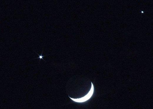 ملاقات «ماه» و «ناهید» در آسمان صبحگاهی ۱۳ آذر