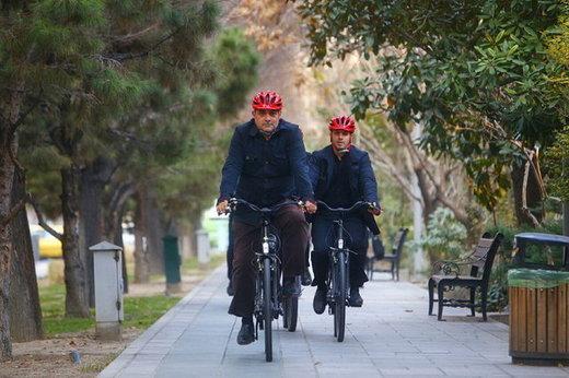 دفاع محسن هاشمی از دوچرخه سواری شهردار تهران/ ریاکاری نبود
