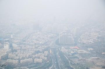 آمادهباش آمبولانسها در میدانهای تهران به خاطر آلودگی هوا