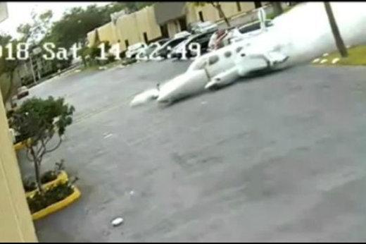 فیلم   سقوط و انفجار هواپیما در وسط فلوریدا