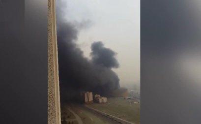 فیلم | آتشسوزی گسترده یک مرکز خرید در غرب تهران