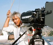 انتقاد از بازیگرانی که در مراسم تشییع فرجالله حیدری شرکت نکردند
