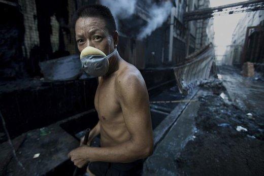 کارگری در استان گوانگدونگ چین