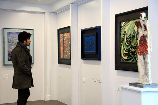 نمایشگاه آثار هنری «در جستجوی خود»