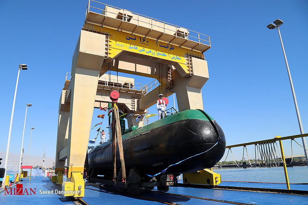 کدام زیردریایی ایرانی میتواند یک شناور هزار تُنی را در کمتر از ۱۰ ثانیه به اعماق دریا ببرد + تصاویر