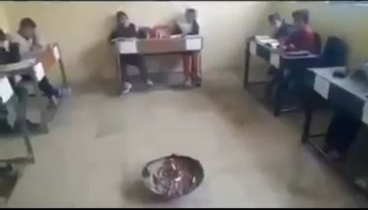 سردی کلاس دانش آموزان را فراری داد